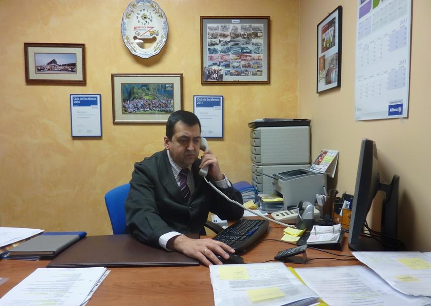 Rafael Gil - Agente